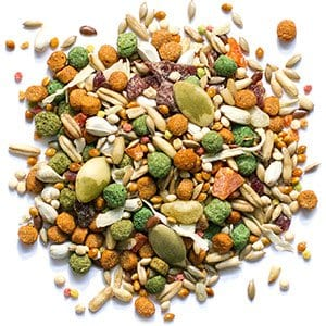 Pellet Bird Food with Smart Level of Fat for Cockatiels and Quakers
